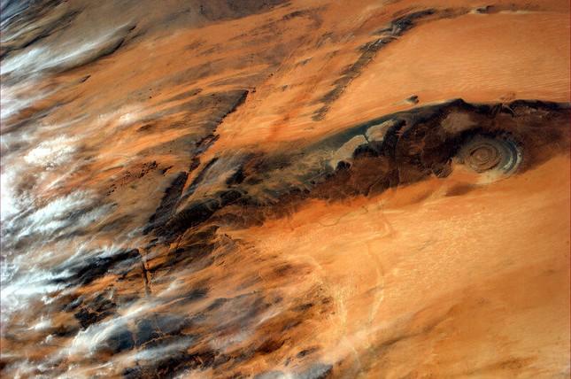 Bí ẩn cấu trúc triệu năm 'Con mắt của châu Phi' tại sa mạc Sahara - anh 8