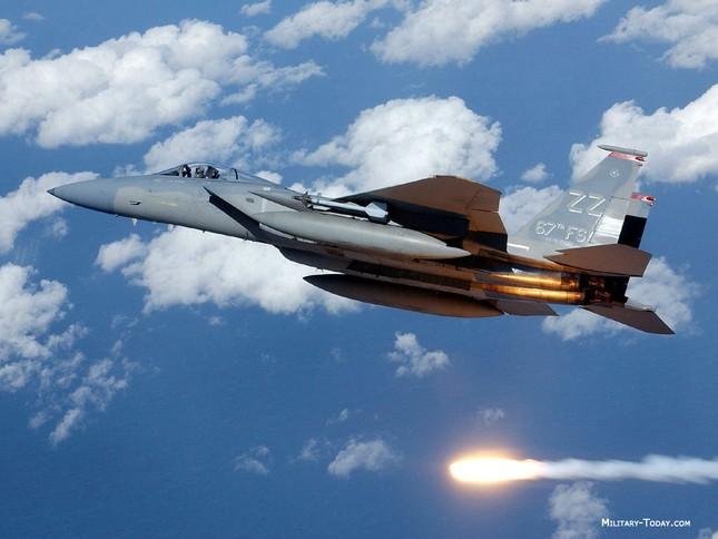 F-15 Eagle: 'Đại Bàng' bất khả chiến bại của Không lực Mỹ - anh 6