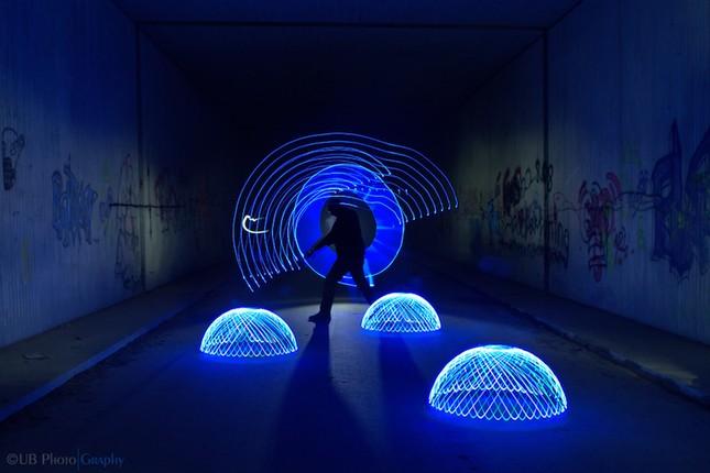 Bộ ảnh Graffiti ánh sáng đẹp đến mê hồn - anh 4