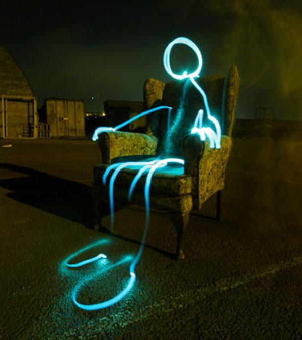 Bộ ảnh Graffiti ánh sáng đẹp đến mê hồn - anh 7