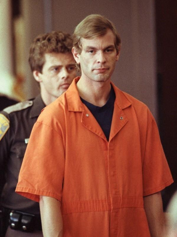 Jeffrey Dahmer - Kẻ sát nhân ăn thịt người vùng Milwaukee - anh 1