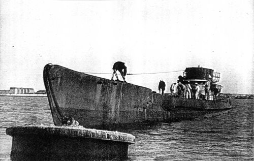 Tiết lộ động trời của FBI: Hitler không tự tử mà trốn sang Argentina bằng tàu ngầm - anh 4