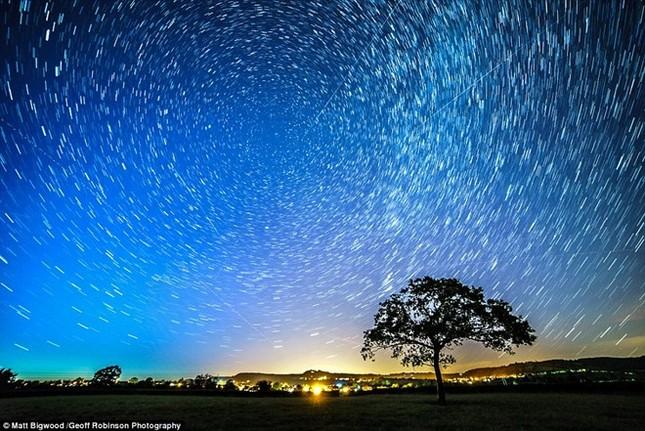 Vẻ đẹp của trận mưa sao băng đêm qua trên khắp thế giới - anh 7