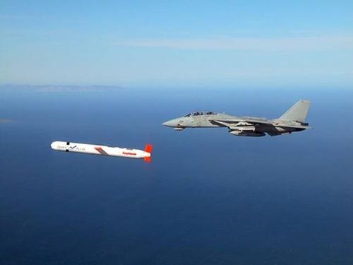 Mỹ phát triển tên lửa chống hạm mới đối phó Trung Quốc - anh 2