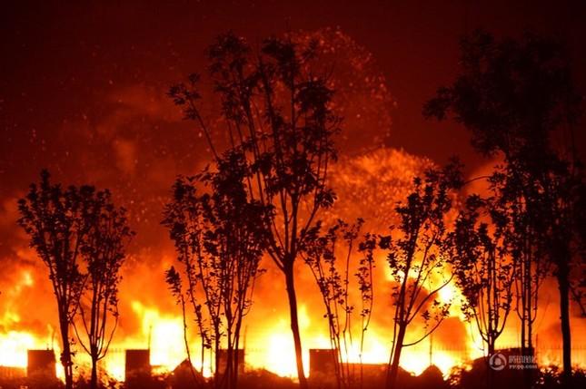 Gần 60 lính cứu hỏa hi sinh và mất tích trong cuộc chiến biển lửa Trung Quốc - anh 4