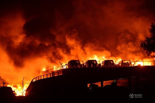 Kinh tế Thiên Tân 'kiệt quệ' sau vụ nổ kinh hoàng - anh 1