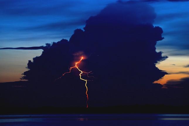 Vũ điệu ánh sáng trên Hồ Maracaibo - Nơi bị sét đánh nhiều nhất thế giới - anh 3