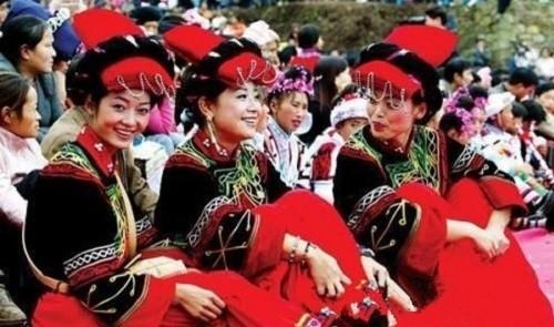 Lễ hội sờ ngực có '1-0-2' ở Trung Quốc - anh 1