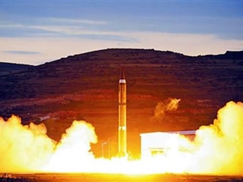 Trung Quốc phát triển tên lửa có khả năng tấn công khắp thế giới - anh 1