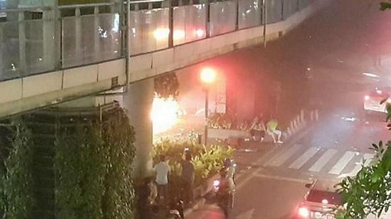 Vụ đánh bom kép ở Bangkok có cùng thủ phạm? - anh 2