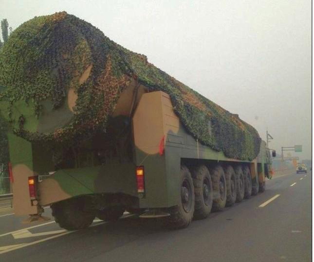 Trung Quốc bí mật thử siêu tên lửa tầm xa - anh 1