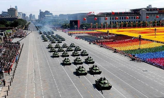 Dàn vũ khí 'khủng' Trung Quốc khoe trước Lễ duyệt binh 3/9 - anh 1