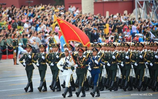 Dàn vũ khí 'khủng' Trung Quốc khoe trước Lễ duyệt binh 3/9 - anh 4