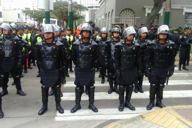 Peru: 400 cảnh sát truy lùng băng đảng cướp 123 kg vàng - anh 2