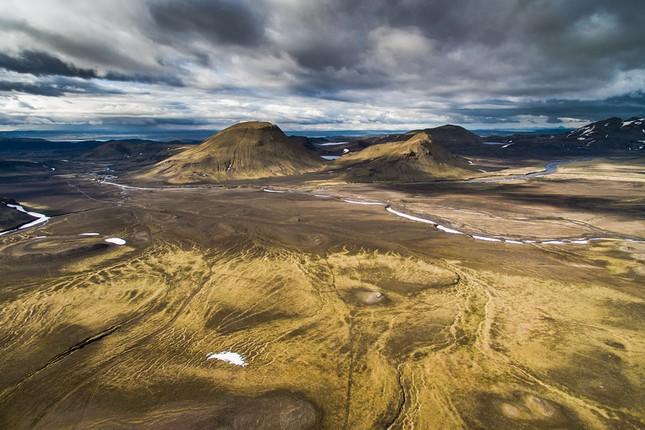 Ngắm Iceland đẹp lạ thường qua ống kính nhiếp ảnh gia - anh 11
