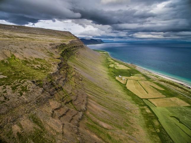 Ngắm Iceland đẹp lạ thường qua ống kính nhiếp ảnh gia - anh 1
