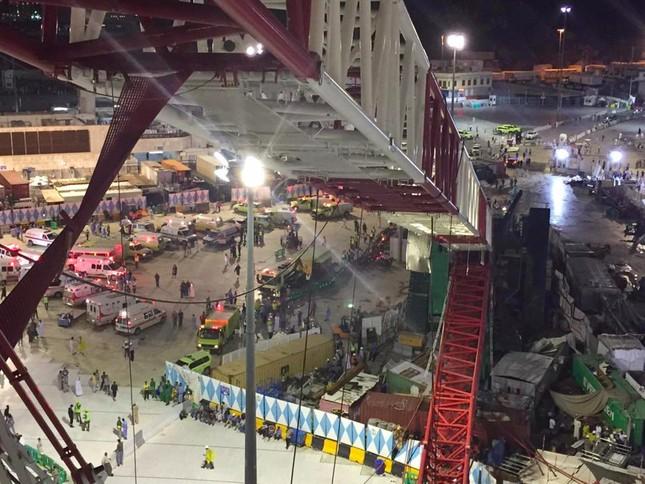 Hiện trường sập cẩn cầu kinh hoàng ở thánh địa Mecca, hơn 300 người thương vong - anh 1