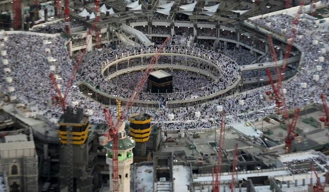 Hiện trường sập cẩn cầu kinh hoàng ở thánh địa Mecca, hơn 300 người thương vong - anh 2