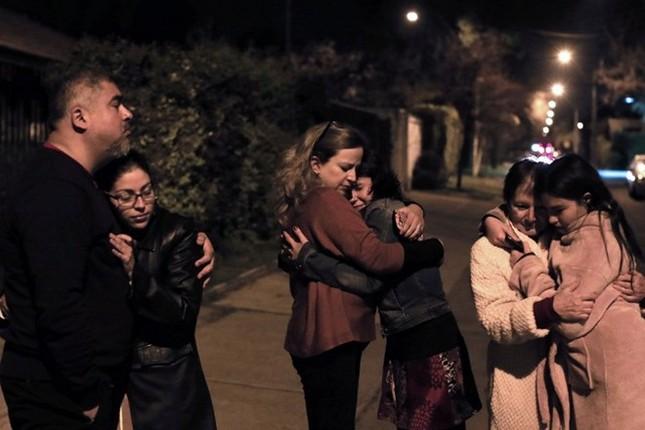 Toàn cảnh hàng nghìn người dân Chile sơ tán khỏi sóng thần trong đêm - anh 6