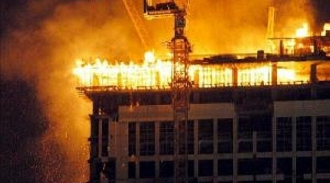 Toàn cảnh 1000 người sơ tán hoảng loạn trong biển lửa ở Mecca - anh 1