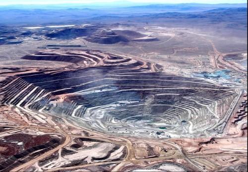 10 mỏ khoáng lộ thiên ấn tượng nhất thế giới nhìn từ trên cao - anh 1