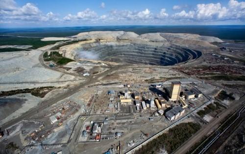 10 mỏ khoáng lộ thiên ấn tượng nhất thế giới nhìn từ trên cao - anh 2