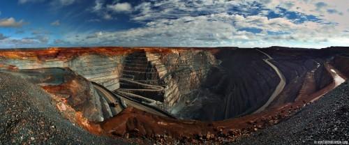 10 mỏ khoáng lộ thiên ấn tượng nhất thế giới nhìn từ trên cao - anh 8