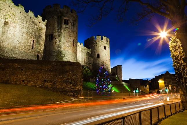 Chiêm ngưỡng vẻ đẹp tuyệt vời của 16 tòa lâu đài tráng lệ trên thế giới - anh 4
