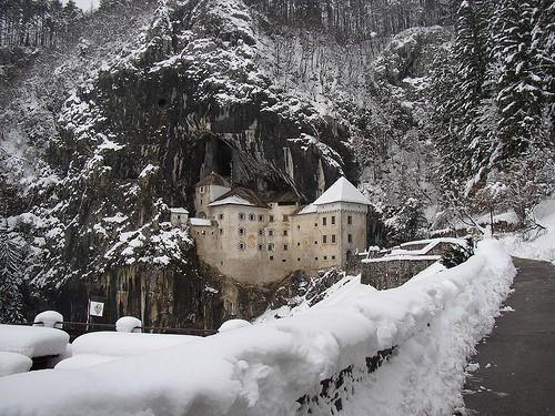 Chiêm ngưỡng vẻ đẹp tuyệt vời của 16 tòa lâu đài tráng lệ trên thế giới - anh 14