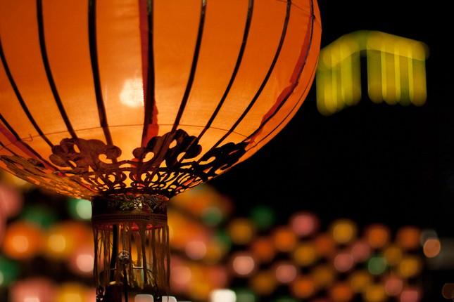 Châu Á rực rỡ sắc đèn trong đêm hội Trung thu - anh 2
