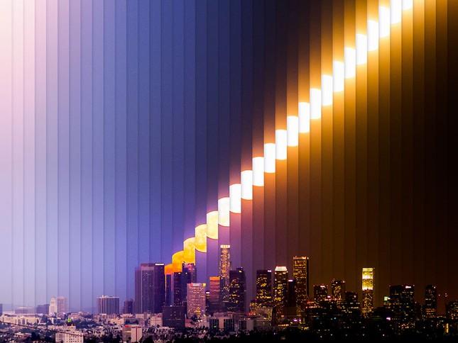 Ngắm Siêu Trăng chuyển màu trên bầu trời 'Thành phố của những Thiên thần' - anh 2