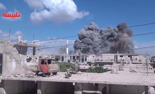 Cùng không kích IS, Nga - Mỹ nguy cơ đụng độ ở Syria - anh 1