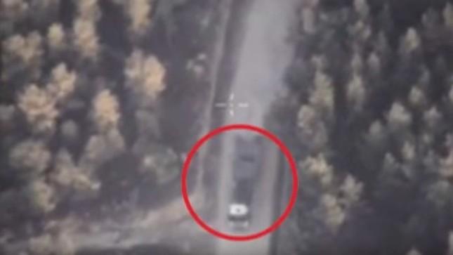 IS bí mật vận chuyển vũ khí nhằm đáp trả Nga - anh 1