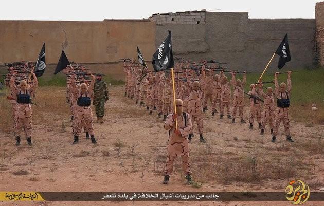 IS được chào mời mua vũ khí hạt nhân để tấn công Mỹ - anh 2