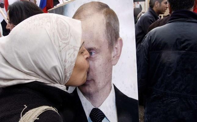 Không kích IS, ông Putin trở thành 'thần tượng' của người Trung Đông - anh 1