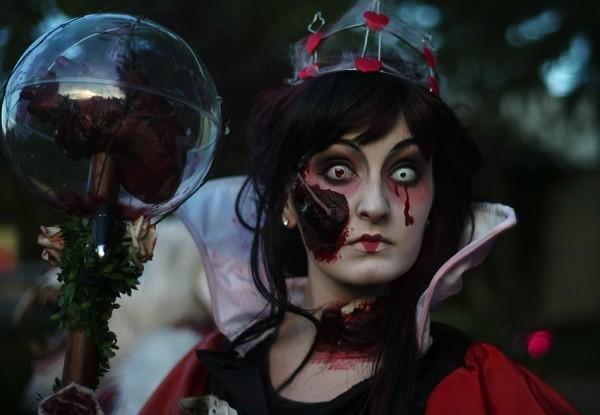 Muôn cách hóa trang Halloween đầy kinh dị trên thế giới - anh 7
