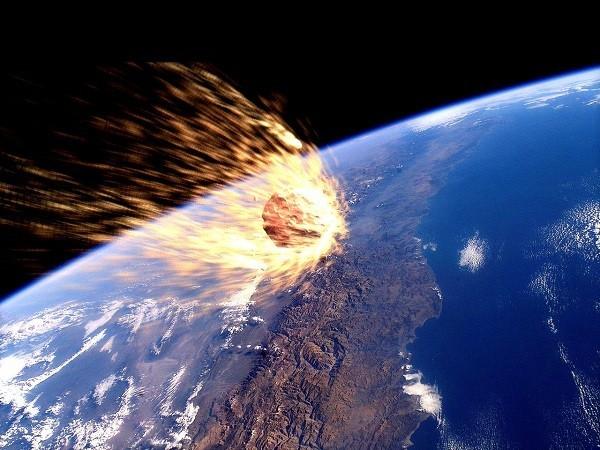 Trái đất sẽ 'hứng' thiên thạch khổng lồ trong ngày Halloween? - anh 1
