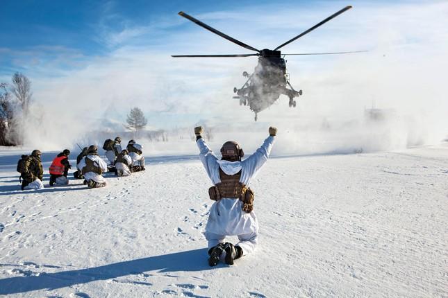 Bộ Quốc phòng Nga tiết lộ khu căn cứ quân sự khổng lồ tại Bắc Cực - anh 2
