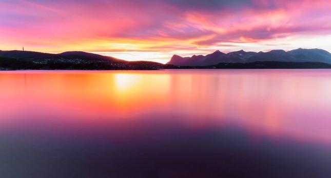 Ngắm xứ sở Na Uy đẹp thuần khiết trong bộ ảnh thiên nhiên hùng vĩ - anh 2