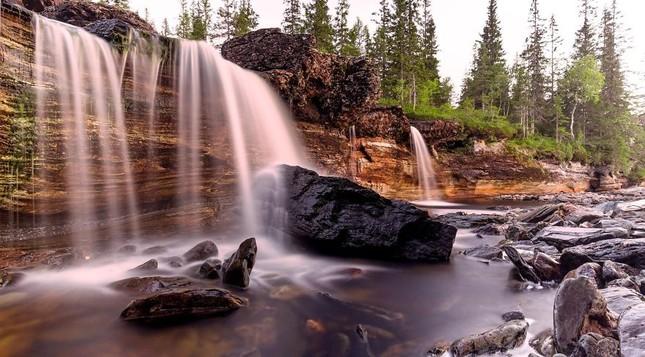 Ngắm xứ sở Na Uy đẹp thuần khiết trong bộ ảnh thiên nhiên hùng vĩ - anh 4