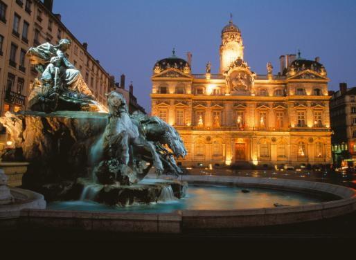 Khám phá nét hấp dẫn tinh tế của thành phố Lyon miền đông nam nước Pháp - anh 2
