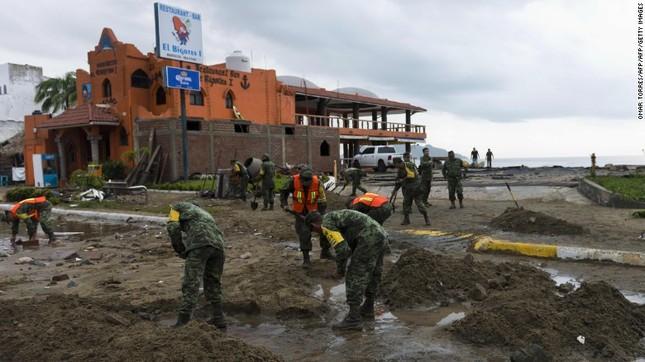 Siêu bão mạnh nhất bán cầu Tây đổ bộ Mexico, hàng nghìn người sơ tán - anh 8