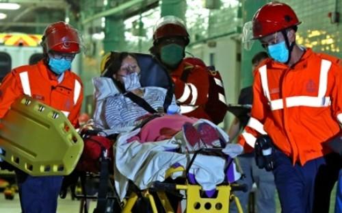 Hong Kong: Phà cao tốc gặp nạn trong đêm, 121 người bị thương - anh 2