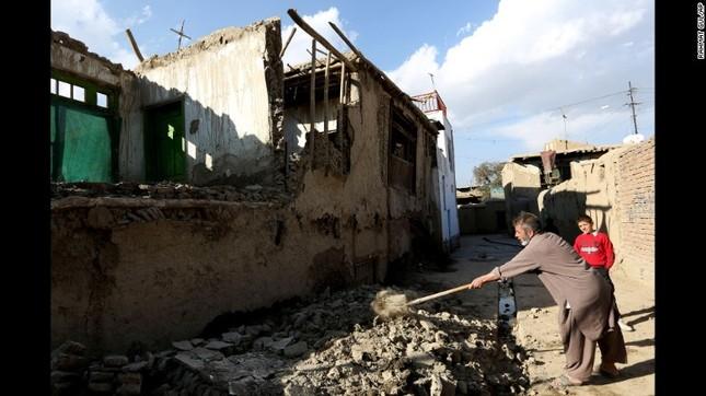 Toàn cảnh động đất 7,5 độ Richter rung chuyển Nam Á, ít nhất 229 người chết - anh 10