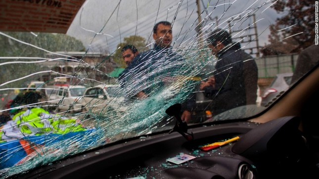 Toàn cảnh động đất 7,5 độ Richter rung chuyển Nam Á, ít nhất 229 người chết - anh 6