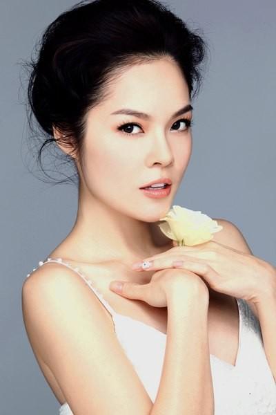 Á hậu điện ảnh Cẩm Lynh: Tôi sống khá khép kín - anh 2