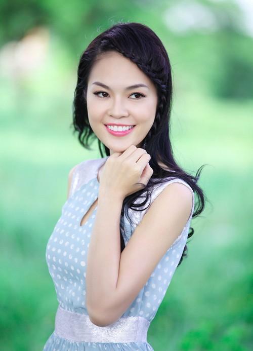 Á hậu điện ảnh Cẩm Lynh: Tôi sống khá khép kín - anh 3