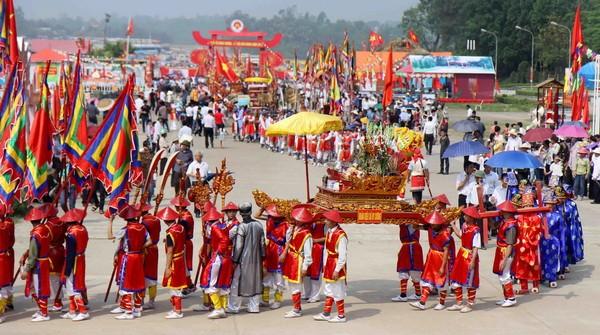 """Vinh danh """"Tín ngưỡng thờ cúng Hùng Vương ở Phú Thọ"""" - anh 2"""