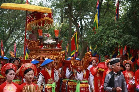 """Vinh danh """"Tín ngưỡng thờ cúng Hùng Vương ở Phú Thọ"""" - anh 6"""
