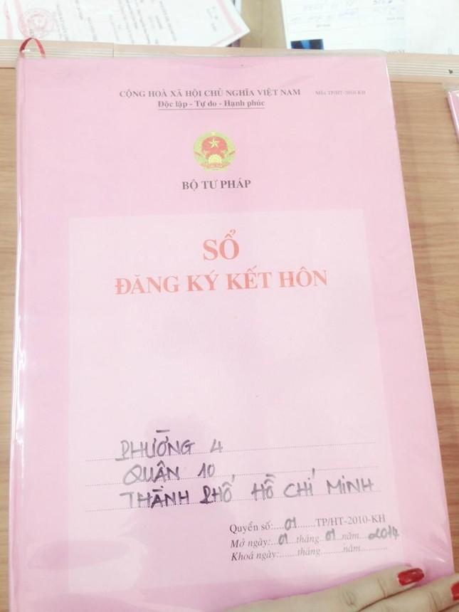 Phi Thanh Vân khoe đăng kí kết hôn với chồng Bảo Duy - anh 2